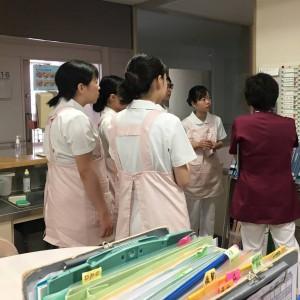 歯科医療専門学校実習生1